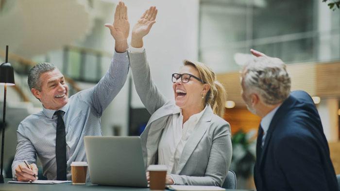 factores para elevar la motivación laboral