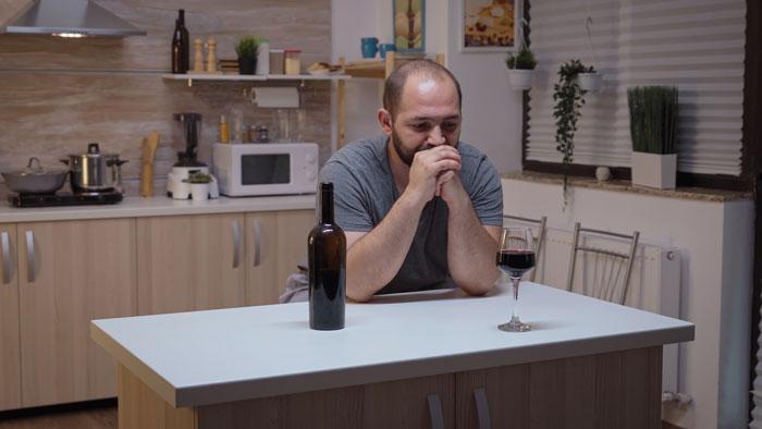 evita el alcohol si quieres dormir bien